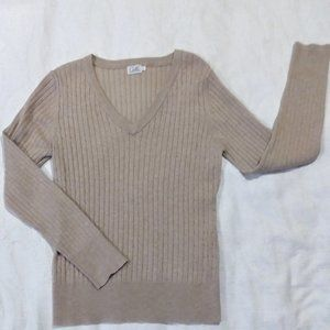 NWOT Cielo Casual Sweater Top (large)